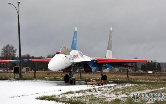 日本飞机俄罗斯表演