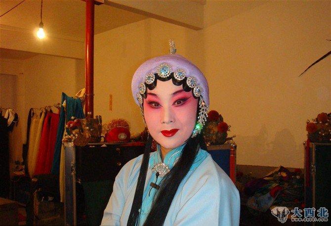 中国著名秦腔演员--雷通霞-梅花朵朵报春来