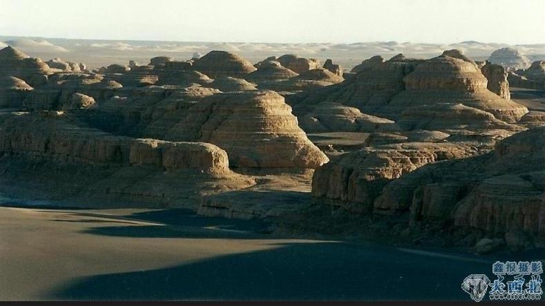 柴达木盆地西北拥有中国一座最大的雅丹魔鬼城