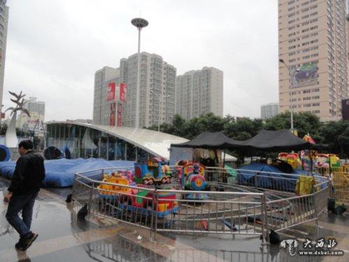 户外儿童游乐设施暂停服务
