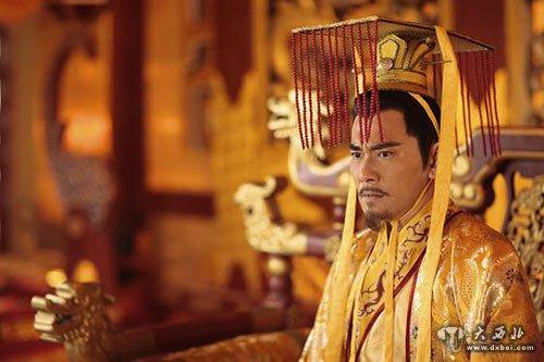 隋炀帝还对用于游宴时演唱的宫廷燕乐进行整理,将其由七部扩为九部,称