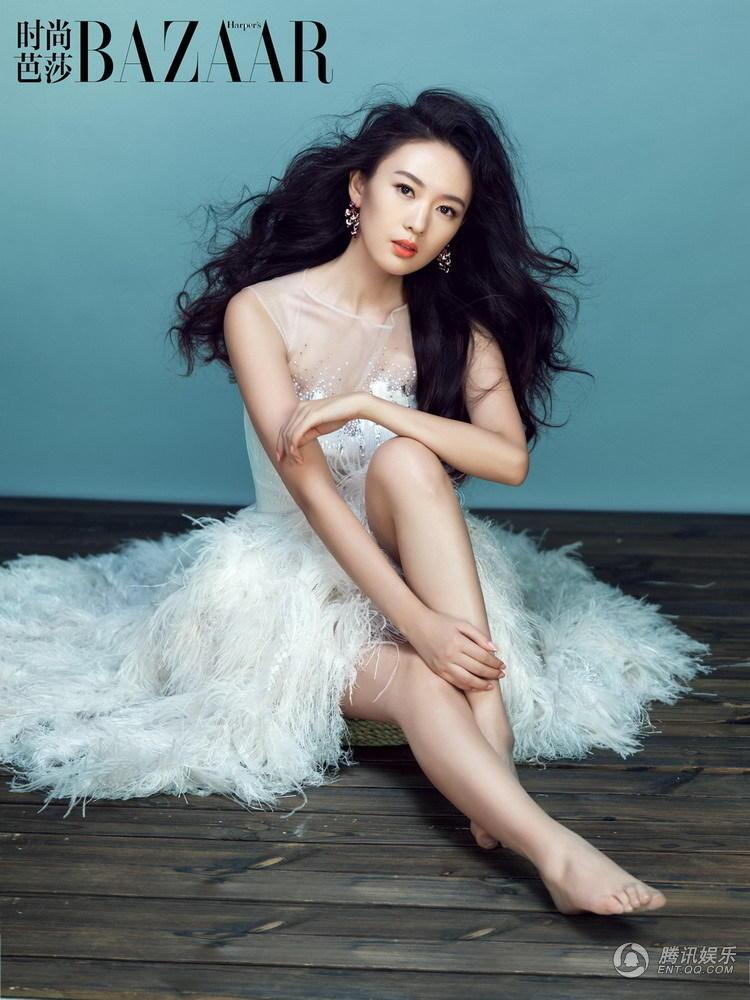 娱乐资讯_童瑶演绎白色魅力_大西北网