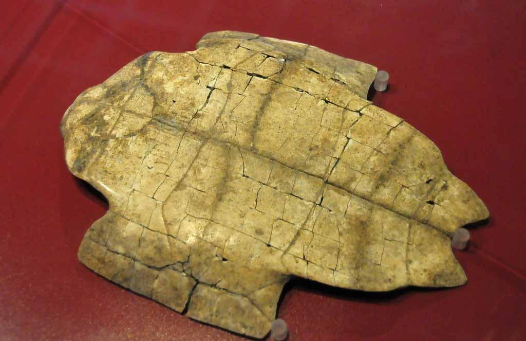 甲骨文的发现使一直为史学家所质疑的殷商时代