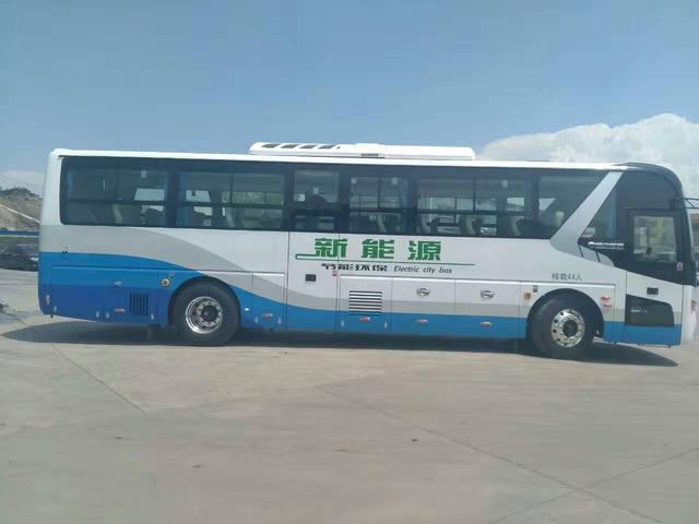 皋兰至兰州501路城际公交线开通试运营投入10辆纯电动空调大客车