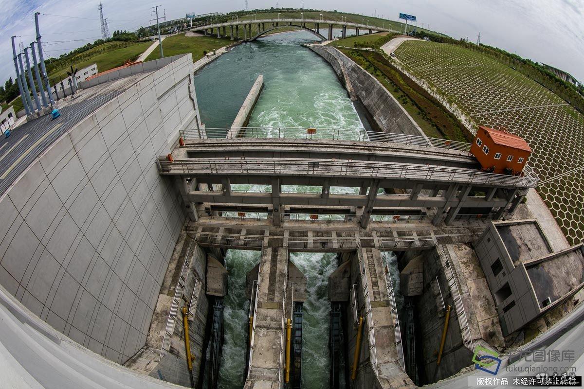 水到渠成的�y.bz(_【水到渠成共发展】南水北调工程中的\