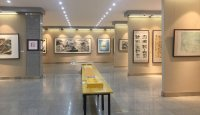 容铁先生书画篆刻展今天上午在甘肃美术馆举行